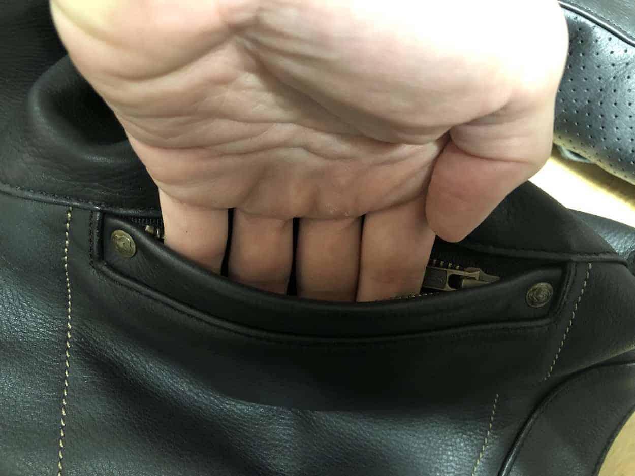 pocket w hand